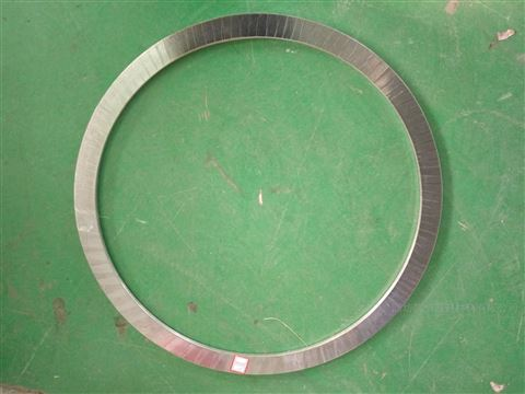 F4金属缠绕垫内外环型式